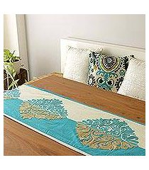 chain-stitched cotton table runner, 'majestic fusion' (india)
