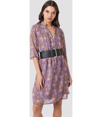 na-kd boho v front printed short dress - purple