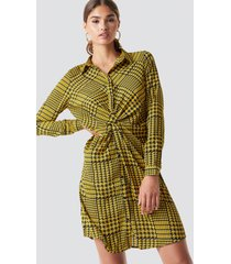 na-kd twist detail shirt dress - yellow