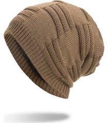 cappellino di lana e velluto