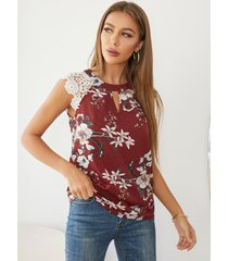 blusa sin mangas con inserción de encaje y estampado floral al azar yoins