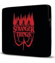 capa para notebook isoprene stranger things 15 polegadas com bolso - unissex
