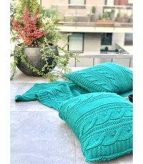 turkusowa poduszka / poszewka pleciona