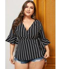 blusa de media manga con cuello en v a rayas con diseño de lazo negro de talla grande de yoins