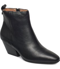 cleo l shoes boots ankle boots ankle boots with heel svart shoe the bear