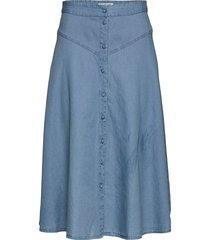slfjoy mw midi skirt w knälång kjol blå selected femme