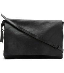 osklen bolsa tiracolo de couro - preto