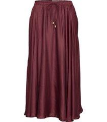 della satin skirt rok knielengte rood lexington clothing