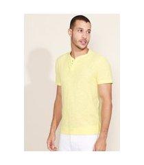 camiseta masculina básica manga curta gola portuguesa amarela