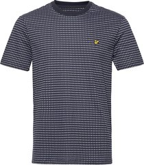 retro repeat t-shirt t-shirts short-sleeved blå lyle & scott