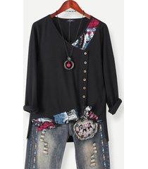 camicetta casual con bottoni patchwork asimmetrici con stampa di illustrazioni artistiche per donna