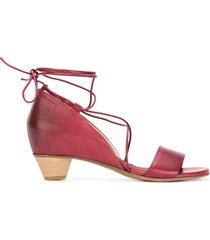 del carlo ankle tie low heel sandals - red