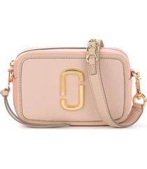 the marc jacobs softshot 17 shoulder bag in beige and pink leather