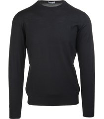 black man round-neck pullover