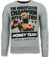 sweater local fanatic mayweather floyd