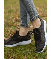 zapatillas planas con cordones y lentejuelas