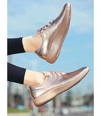 zapatillas informales con cordones