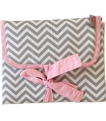 trocador portátil alan pierre baby sem bordado, tricoline 100% algodão - chevron cinza com rosa