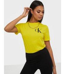 calvin klein jeans back institutional logo slim tee t-shirts