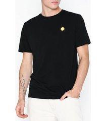 wood wood ace t-shirt t-shirts & linnen black