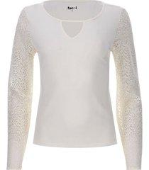 camiseta mangas con encaje color blanco, talla 10