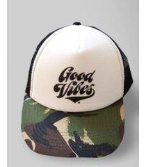 gorra verde rever pass good vibes camuflada