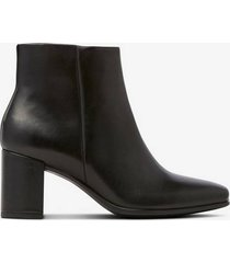 boots shape 60 squared