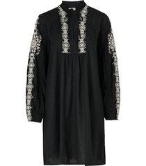 klänning revolutionary dress