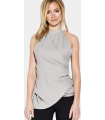 blusa abierta sin mangas cruzada con cuello halter transparente