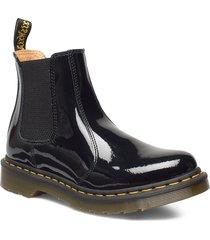 2976 black patent lamper shoes chelsea boots svart dr. martens