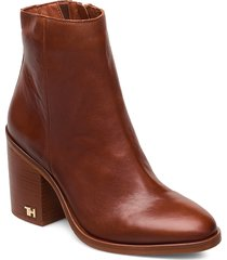 mono color heeled boot shoes boots ankle boots ankle boots with heel brun tommy hilfiger
