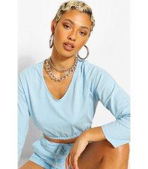 v neck crop sweater and short set