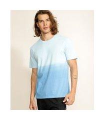 camiseta masculina degradê manga curta gola careca azul claro