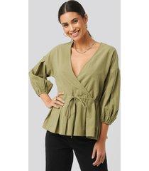 na-kd balloon sleeve drawstring blouse - green