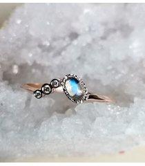 kamień księżycowy i diamenty -pierścionek