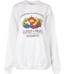 cutest of the fruits logo sweatshirt white