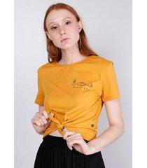 blusa estampada manga curta amarração gang feminina - feminino