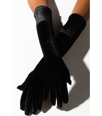 akira the met long velvet glove