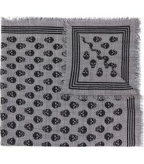 alexander mcqueen skull houndstooth print fringed scarf - black