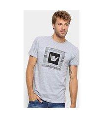 camiseta hang loose silk logostripe masculina