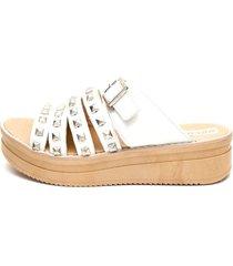 sandalia de cuero blanco valentia calzados malena