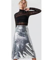 na-kd party midi sequins skirt - silver