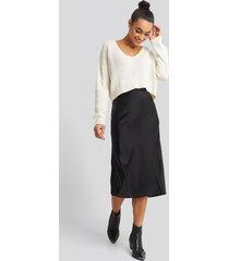 na-kd trend satin skirt - black