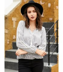 yoins blusa gris de manga larga con cuello en v y rayas ajustables