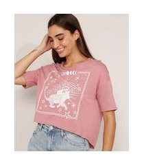 "camiseta cropped ampla mistério no ar"" manga curta decote redondo rosa escuro"""
