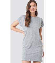 na-kd cap sleeve viscose dress - grey