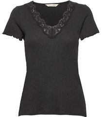 emma top t-shirts & tops short-sleeved zwart odd molly