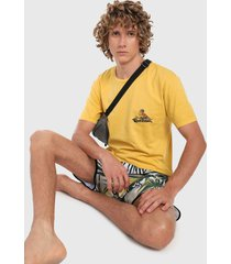 camiseta amarillo-multicolor quiksilver flying fortress