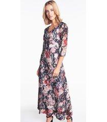 długa sukienka koronkowa w kwiaty
