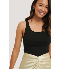 na-kd basic basic ribbed tank top - black